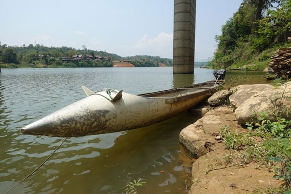 Reisebericht Laos Loop in Laos Tag-2-bomb-boats