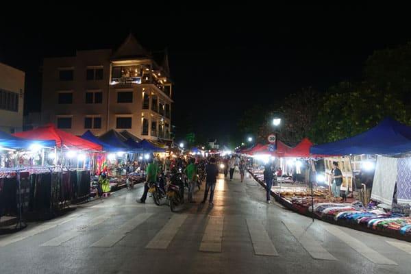Reisebericht Laos Sehenswürdigkeiten Luang-Prabang-Night-Market