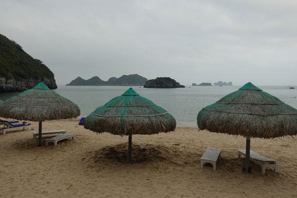 Reisebericht Vietnam Sehenswürdigkeiten Halong Bay Han La Bay und Cat-Ba Strände-Cat-Co-2