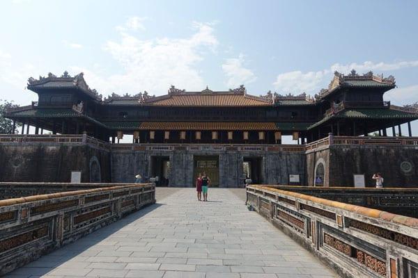 Reisebericht Vietnam Sehenswürdigkeiten Hue Imperial City (Kaiserstadt) Meridian Gate von außen