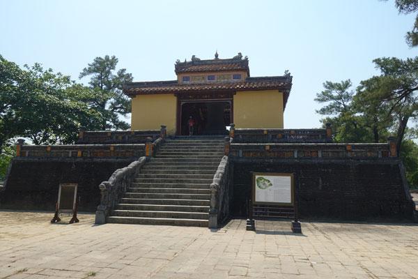 Reisebericht Vietnam Sehenswürdigkeiten Hue Minh Mang Tomb Grabmal