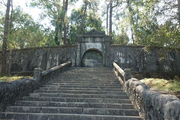 Reisebericht Vietnam Sehenswürdigkeiten Hue Minh Mang Tomb Grabstätte