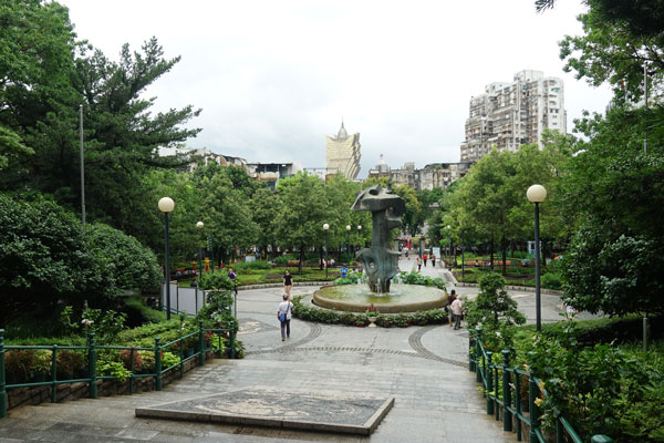 Macau Sehenswürdigkeiten Heritage Trail Camoes Square