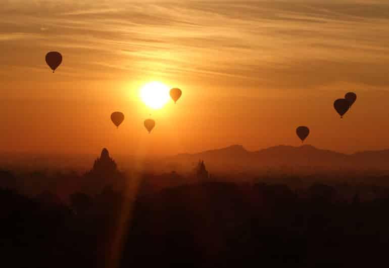 Fahrradtour durch die Tempel von Bagan