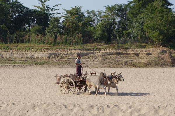 Reisebericht Myanmar Sehenswürdigkeiten Schifffahrt von Mandalay nach Bagan