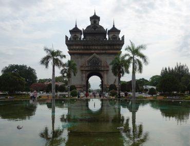 Reisebericht Laos Sehenswürdigkeiten Vientiane Patuxai