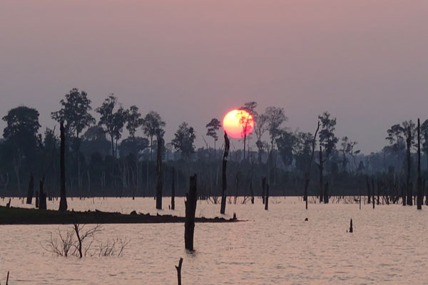 Reisebericht Laos Loop in Laos Tha-Lang-Sonnenuntergang