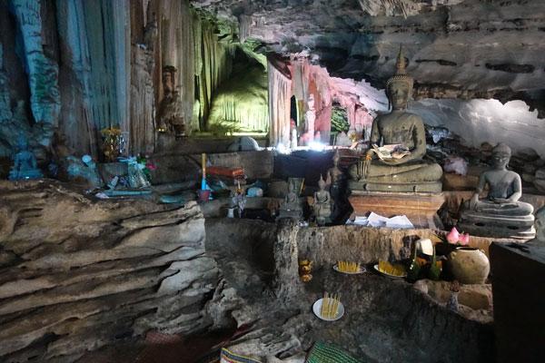 Reisebericht Laos Loop in Laos Tham-Pha-Fa-Buddha-Höhle