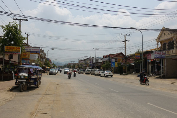 Reisebericht Laos Sehenswürdigkeiten Ebene-der-Tonkruege-Phonsavan