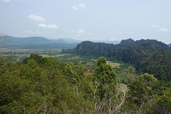 Reisebericht Laos Sehenswürdigkeiten Vang-Vieng-Aussichtspunkt-Pha-Ngeun