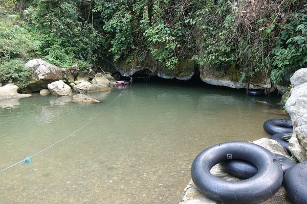 Reisebericht Laos Sehenswürdigkeiten Vang-Vieng-Höhle-Tham-Nam-Watercave