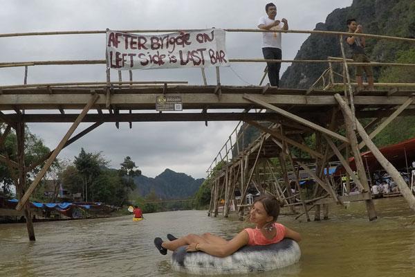 Reisebericht Laos Sehenswürdigkeiten Vang-Vieng-Tubing