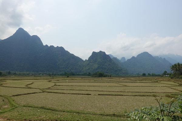 Reisebericht Laos Sehenswürdigkeiten Vang-Vieng-Umgebung-Fahrradtour