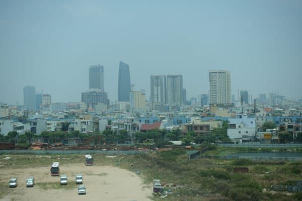 Reisebericht Vietnam Sehenswürdigkeiten Fahrt von Hue nach Hoi an über Da Nang Da Nang Stadtbild