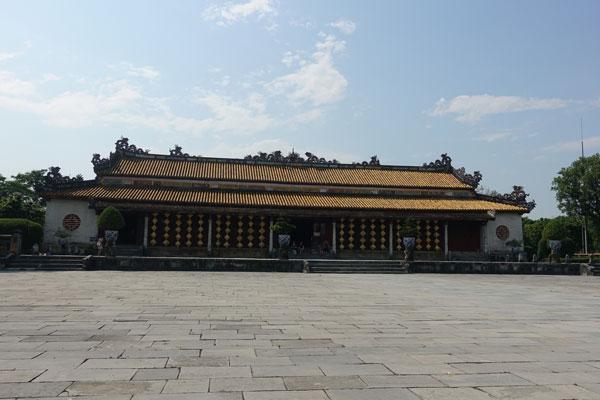 Reisebericht Vietnam Sehenswürdigkeiten Hue Imperial City Kaiserstadt Thronsaal