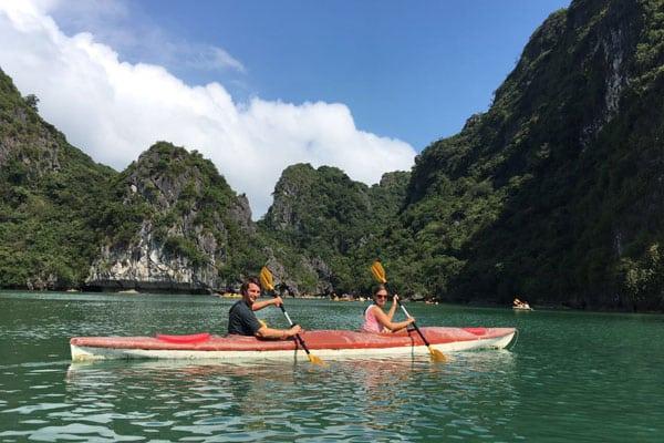 Reisebericht Vietnam Sehenswürdigkeiten Halong Bay Han La Bay und Cat-Ba Kayak-Lan-Ha-Bay