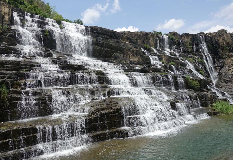 Da Lat – Stadt der Berge, Blumen & Wasserfälle