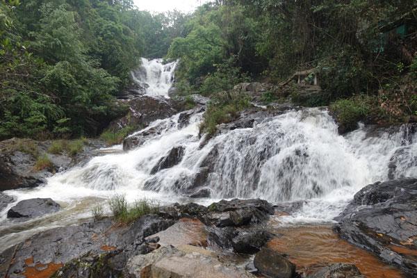 Reisebericht Vietnam Sehenswürdigkeiten Da Lat Datanla Waterfall