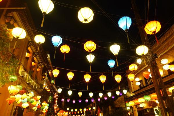 Reisebericht Vietnam Sehenswürdigkeiten Hoi An Altstadt Old City am Abend