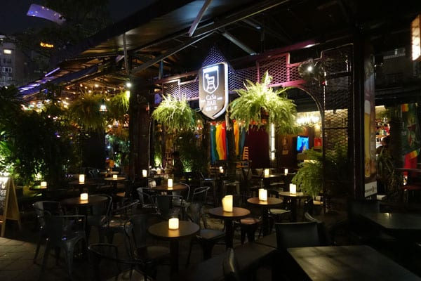 Taipei Sehenswürdigkeiten Ximen Red House Bars