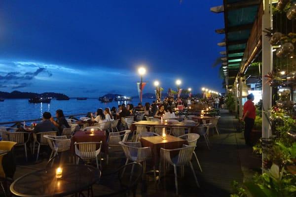 Kota Kinabalu Sehenswürdigkeiten KK Uferpromenade