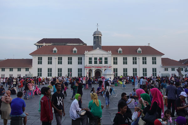 Jakarta Sehenswürdigkeiten Oldtown Fatahillah Square