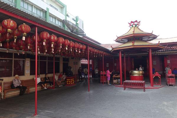 Jakarta Sehenswürdigkeiten Oldtown Yin De Yuan Tempel